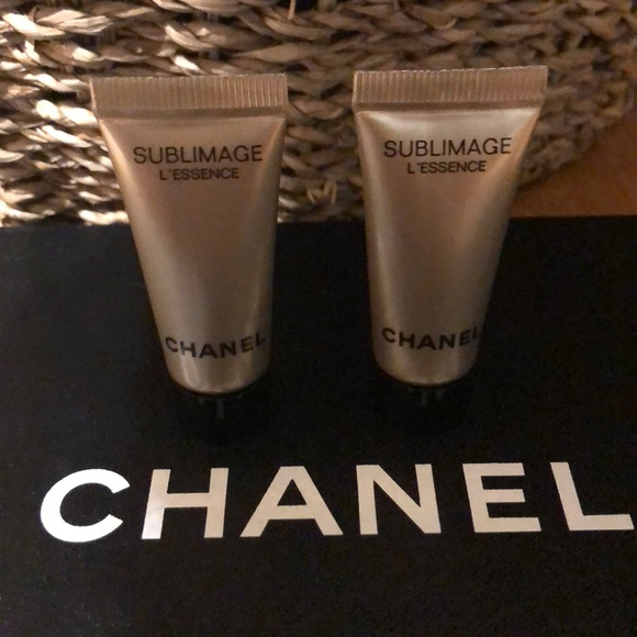 CHANEL Other - CHANEL SUBLIMAGE L'ESSENCE